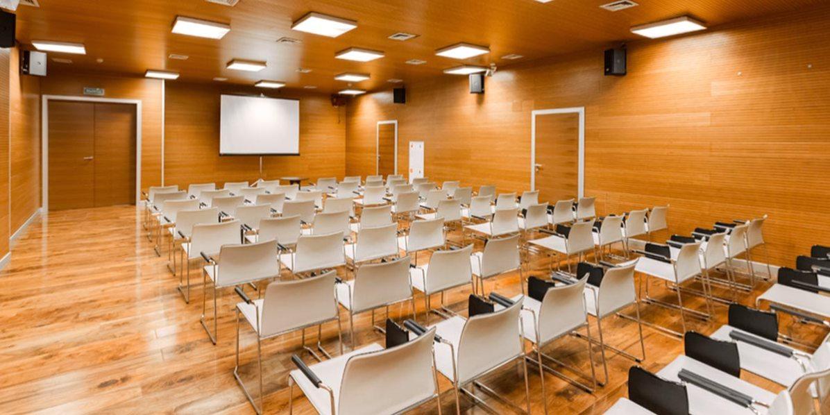 training-venue-petroff-palace-prestigious-venues