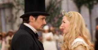 """""""OZ: THE GREAT AND POWERFUL""""James Franco, left; Michelle Williams, rightPh: Merie Weismiller Wallace, SMPSP©Disney Enterprises, Inc. All Rights Reserved."""