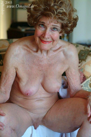 oma dressed undressed