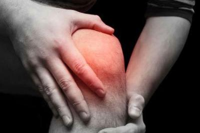 Prolonged steady primer work that includes lifting complicated objects or tortuous increases a risk of building rheumatoid arthritis, a new investigate has found. (Thinkstock photos/Getty Images)