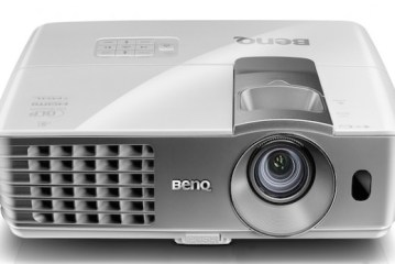 BenQ W1070+ Projector  Review