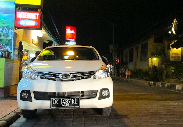 Daihatsu Xenia Indonesia March 2013