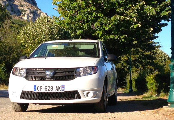 Dacia Sandero Europe December 2013