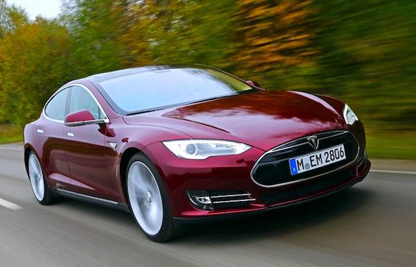 Tesla Model S Frankfurt Auto Show September 2013. Picture courtesy of autobild.de