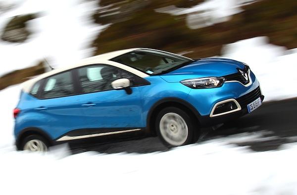 Renault Captur Slovenia 2014. Picture courtesy of automobile-magazine.fr
