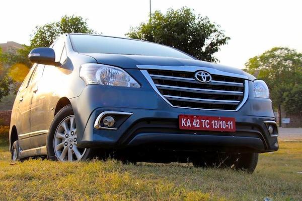 Toyota Innova Vietnam February 2014. Picture courtesy of motorbeam.com