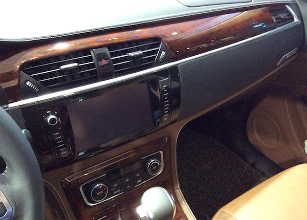 Zotye T600 interior