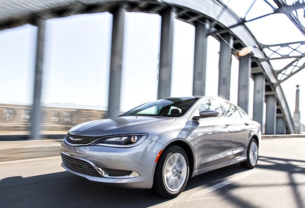 Chrysler 200 USA June 2015. Picture courtesy of motortrend.com