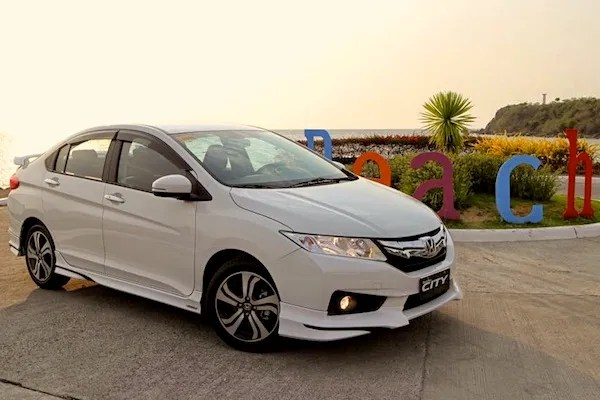 Honda City Pakistan March 2016. Picture courtesy of carguide.ph