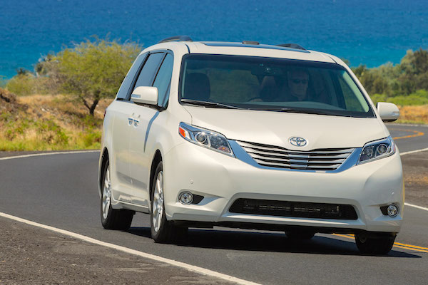 Toyota Sienna Canada January 2015. Picture courtesy motortrend.com