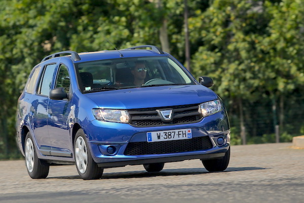 Dacia Logan MCV Algeria February 2015. Picture courtesy largus.fr