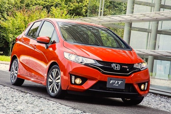 Honda Fit Brazil February 2015. Picture courtesy fotosecarros.com.br