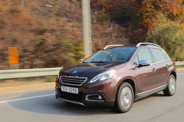 Peugeot 2008 South Korea 2015. Picture courtesy motorian.kr