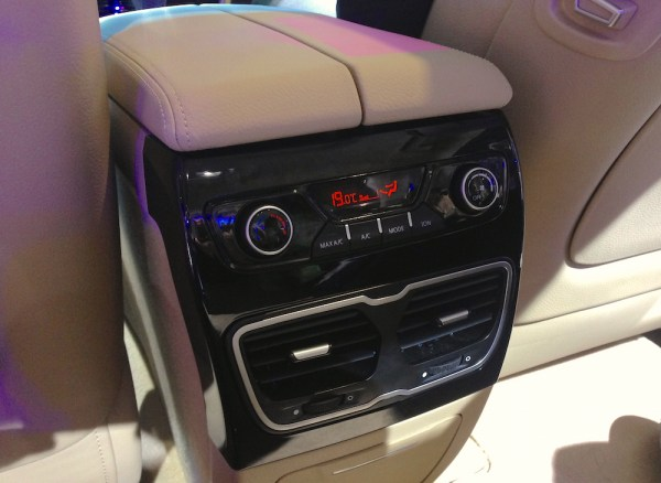 Geely GC9 interior