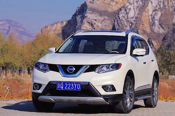Nissan X-Trail Taiwan May 2015. Picture courtesy u-car.com.tw