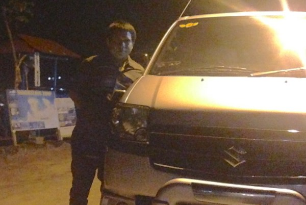 12. Suzuki APV driver Bali June 2015