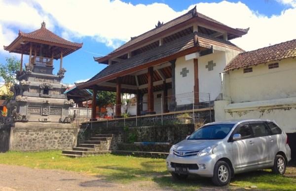 4. Toyota Avanza Bali June 2015c