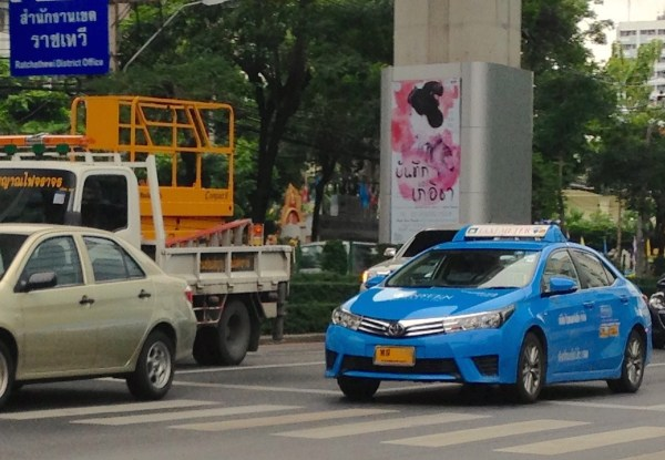 6. Toyota Corolla Taxi Bangkok July 2015b
