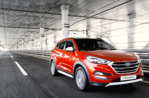Hyundai Tucson South Korea June 2015