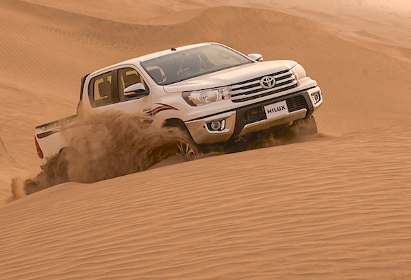 Toyota Hilux Yemen 2015. Picture courtesy saudishift.com