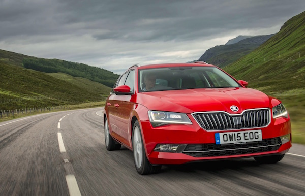 Skoda Superb Czech Republic October 2015