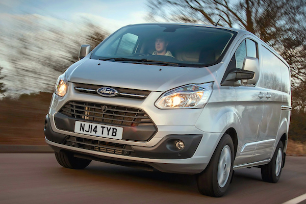 Ford Transit Custom UK 2015