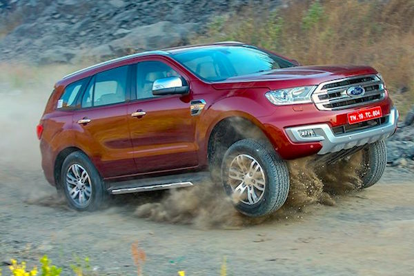 Ford Endeavour India January 2016. Picture courtesy zigwheels.com