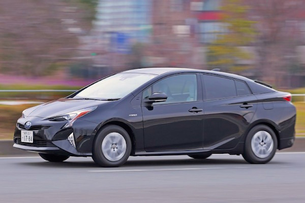 Toyota Prius Japan January 2016. Picture courtesy autocar.jp