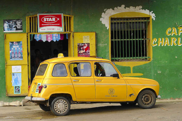 Renault 4L Madagascar Picture courtesy Maurits Vermeulen