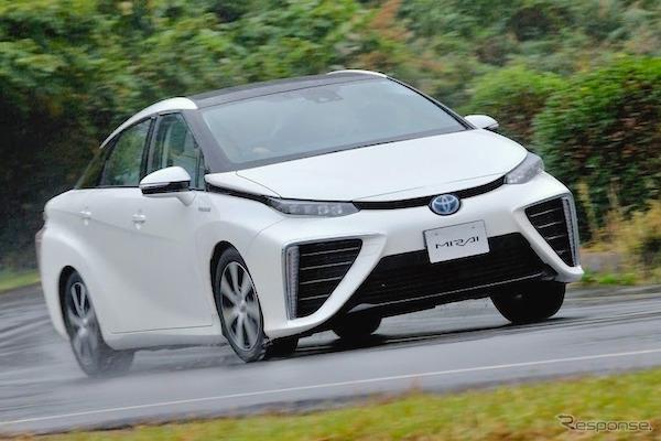 Toyota Mirai Japan 2015. Picture courtesy response.jp