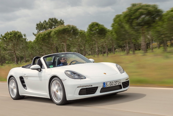 Porsche 718 Boxster France May 2016. Picture courtesy largus.fr
