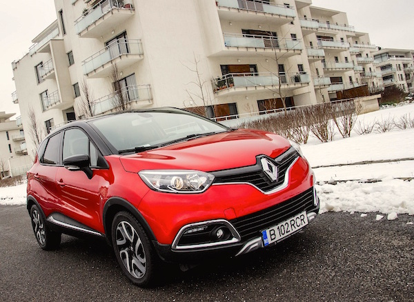 Renault Captur Europe May 2016. Picture courtesy eblogauto.ro