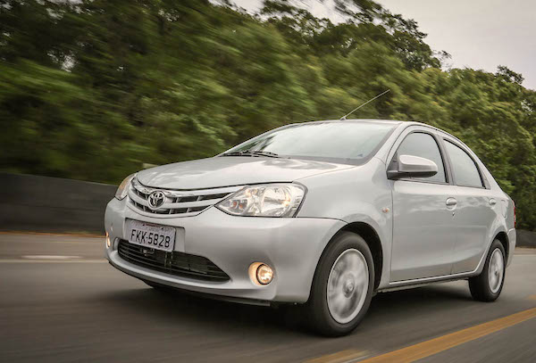 Toyota Etios Brazil May 2016. Picture courtesy carplace.uol.com.br