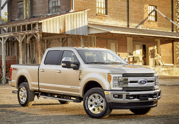 Ford F-350 Super Duty Canada August 2016