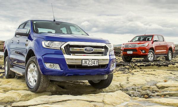 ford-ranger-toyota-hilux-australia-november-2016-picture-courtesy-autocar-co-nz