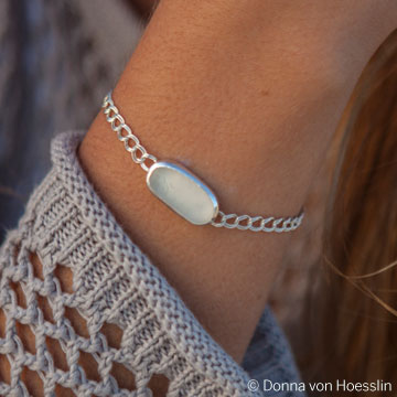 The Bethany sea glass bracelet is a great everyday piece that fits anyone.