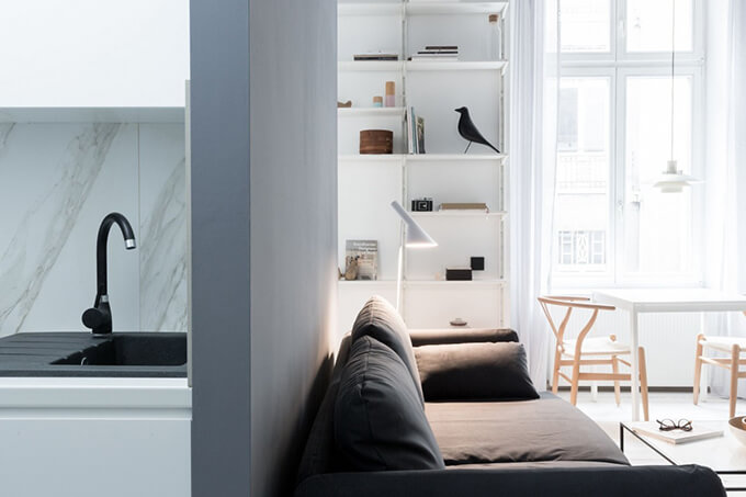 living-how-to-maximize-sunlight-in-small-apartment-d1