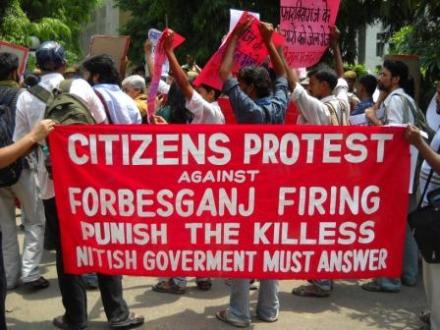 Forbesganj Firing: Protest at Bihar Bhawan, Time Bound Judicial Probe Demanded