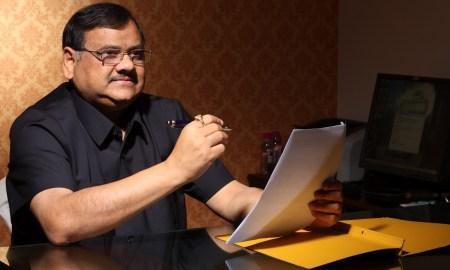 Dr.-Akhilesh-Das-Gupta