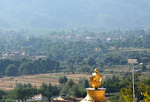 A golden time in the Rebkong Golden Valley.