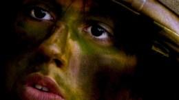 войник в казарма
