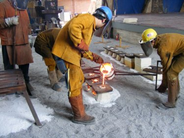 Commemorative Iron Pour underway