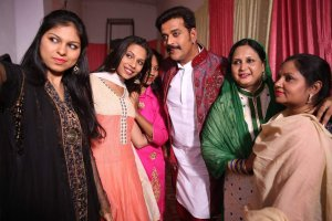 selfie-with-RaviKishan