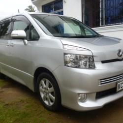 Toyota Voxy, 2007, Silver, New Shape