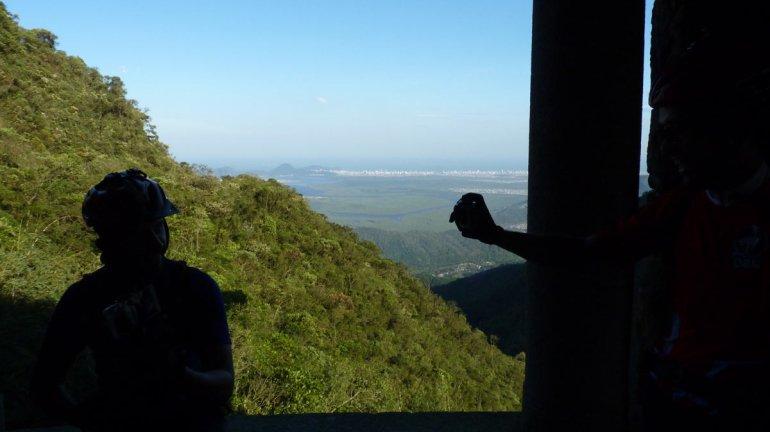 Dentro do Pouso Paranapiacaba, no alto da estrada Caminho do Mar