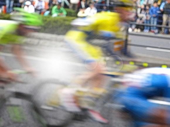 ロードバイクのレースに出場、目安となる速度はどのくらい?