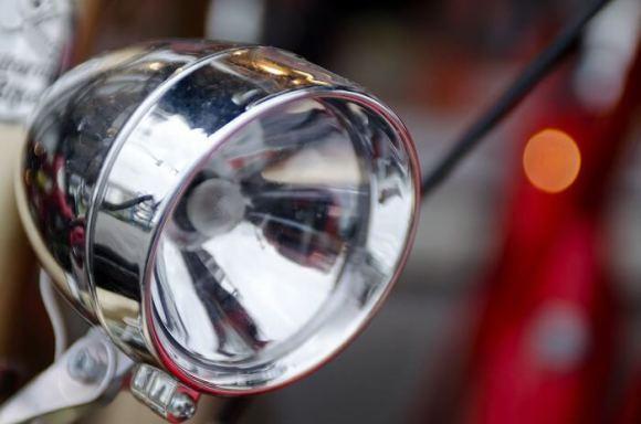 自転車のライト、気にしていますか?ライト交換の重要性とオススメ品