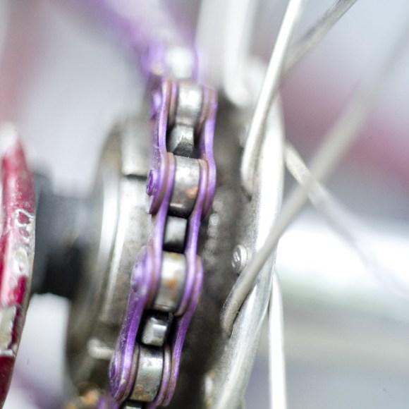 自転車のチェーンカバーを外す方法は?外すメリットはある?