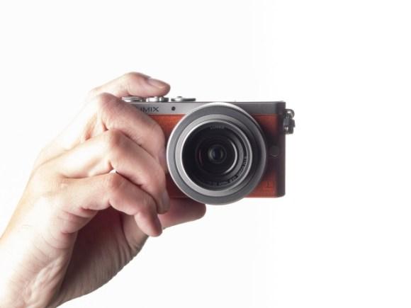 インケースがカメラの持ち運びに最適なリュックって本当?
