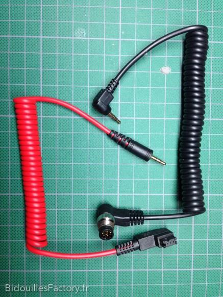 Les 2 câbles de déclenchement (Sony & Nikon)